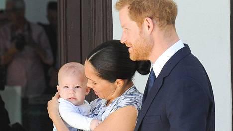 Herttuatar Meghanin ja prinssi Harryn Archia-poika elää suojeltua elämää kaukana julkisuudesta.
