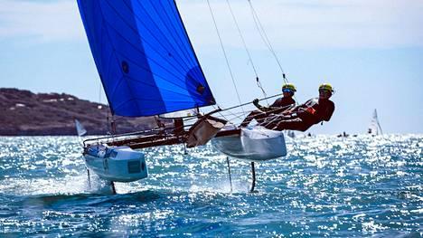 Sinem Kurtbay ja Janne Järvinen varmistivat Suomelle maapaikan Tokion kesäolympialaisiin. Kaksikko purjehti Suomelle maapaikan Nacra 17 -luokassa, jonka olympiakarsinta järjestettiin Lanzarotella.