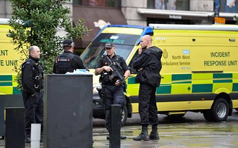 Britannian poliisi kertoo pidättäneensä teosta epäillyn.