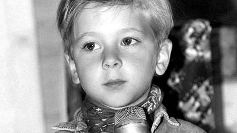 Kansainvälisen jättihitin saama menestys vei Jordy Lemoinea ympäri maailmaa. Suomessa hän vieraili vuonna 1993 ja tapasi muun muassa joulupukin.