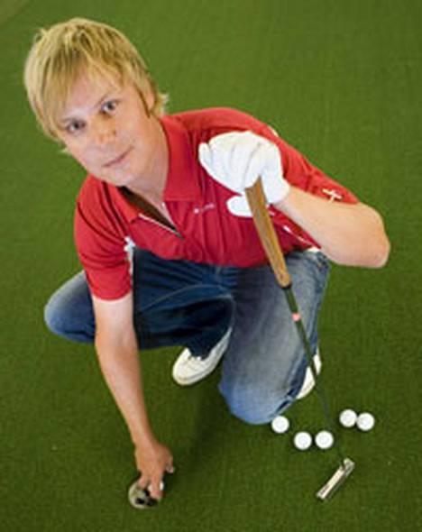 Golf sujuu lupaavasti Mikko Iloselta.