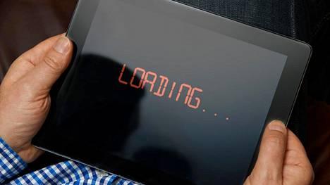Verkkoneutraliteetista luopuminen antaa internet-operaattorin jarruttaa asiakkaan nettiliikennettä.