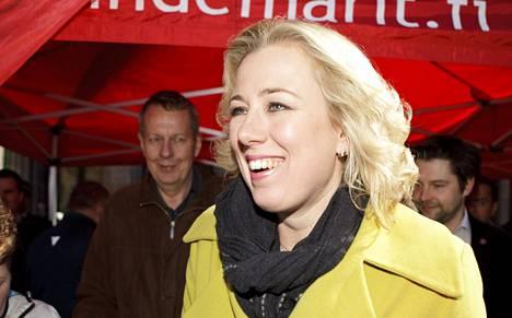 Jutta Urpilainen joutui valtiovarainministerinä tekemään päätöksiä, jotka söivät hänen suosiotaan omien joukossa.