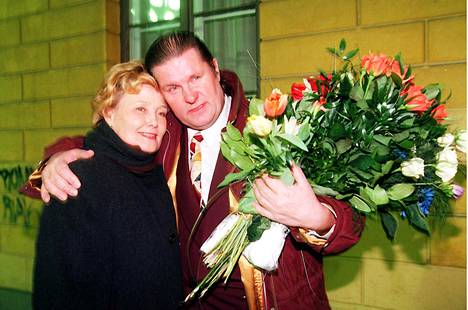 Pari vuonna 1996.