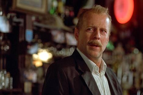 Bruce Willis näyttelee poliisia.