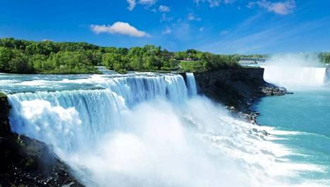 Niagaran putoukset ovat uskomaton näky.