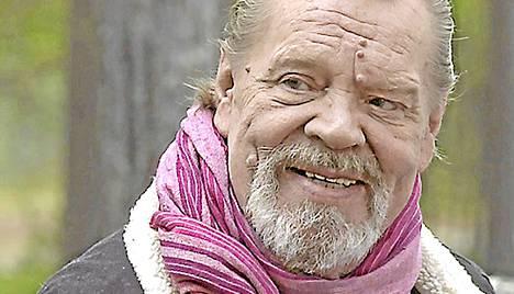 Nelosella uusintana heinäkuussa nähtävä Loirinuotiolla-ohjelma on Vesa-Matti Loirin mukaan hänen testamenttinsa suomalaisille. Näyttelijä vietti tammikuussa 70-vuotispäiviään.