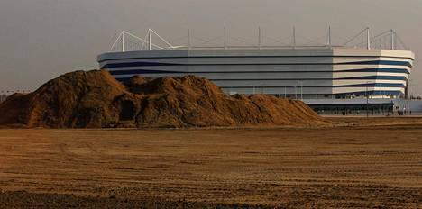 Stadionin rakennustöihin ja niihin liittyvään kieroiluun upposi sievoinen summa rahaa.
