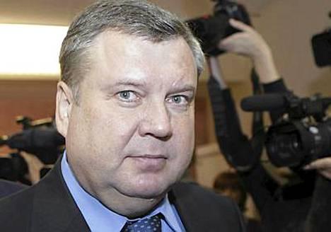 Latvian pääministeri Valdis Dombrovskis muodostaa maahan uutta hallitusta.