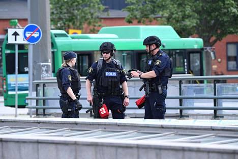 Poliisilla riittää Malmössä töitä. Arkistokuva.