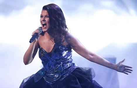 Saara Aalto on tehnyt kovaa jälkeä Britannian X Factorissa.