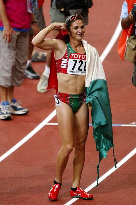 Ana Guevara voitti 400 metrin MM-kultaa Pariisissa vuonna 2003.