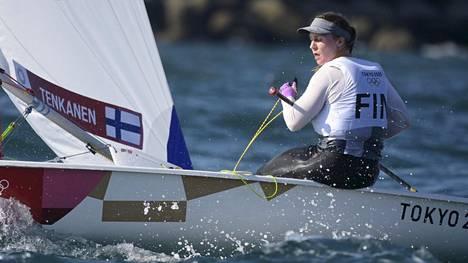 Tuula Tenkanen sijoittui mitalilähdön jälkeen olympiakisoissa toisen kerran viidenneksi.