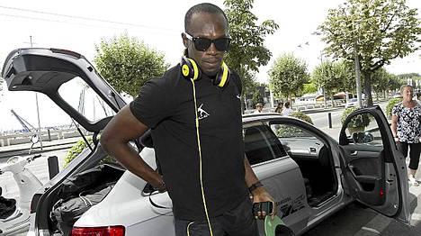 Usain Boltille on myönnetty runsaasti kunnianosoituksia Lontoon olympiakisojen menestyksen johdosta.