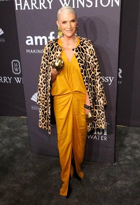 Poltettu keltainen ja leopardikuosi ovat kauden trendejä.