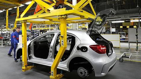 Työvoiman saatavuus on Keskuskauppakamarin mukaan merkittävä ongelma monella alalla.