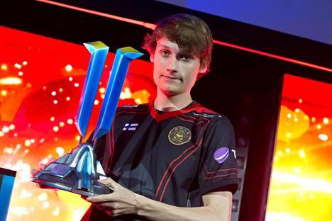 """Joona """"Serral"""" Sotala voitti marraskuun alussa StarCraft II:n maailmanmestaruuden."""