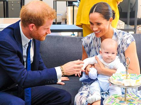 Thomas Markle ei ole koskaan tavannut tyttärenpoikaansa Archieta. Kuvassa prinssi Harry, herttuatar Meghan ja Archie kuvattuna joulukuussa.