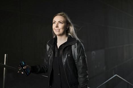 Laura Linkonevan mukaan megatrendejä ovat ainakin vastuullisuus ja automatiikka sekä robotiikka.