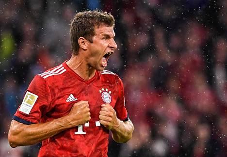 Thomas Müller juhli tekemäänsä Bayernin avausmaalia.