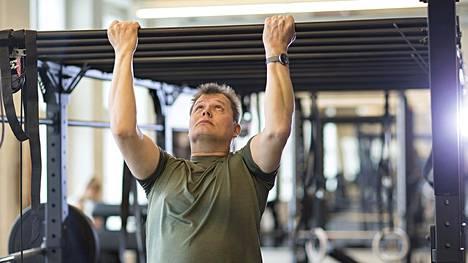 Optimaalinen treenitiheys on yksilöllistä. Toiset hyötyvät selvästi hyvin tiheästä ja runsaasta treenistä. Toisilla se ei edistä kehittymistä, vaan päinvastoin.