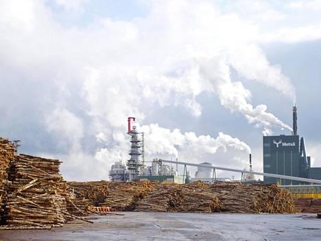 Metsä Groupille nousee uusi biotuotetehdas Äänekoskelle vanhan sellutehtaan tilalle. Investointi on Suomen metsäteollisuuden historian suurin.