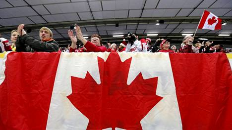 Kanadan kannattajilla oli hauskaa Saksa-ottelussa.