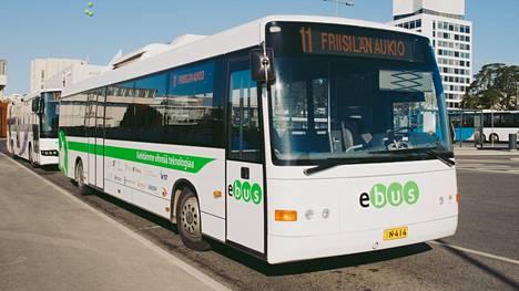 Sähköbussi on ollut jo testikäytössä Espoossa.