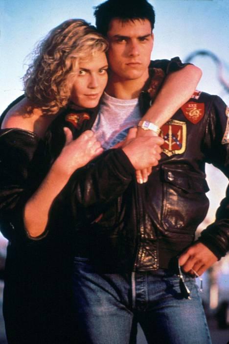 Kelly McGillis ja Tom Cruise.