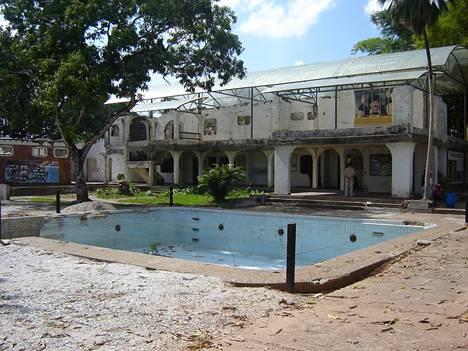 Pablo Escobarin Hacienda Nápolesin kotitila on nykyään museo.