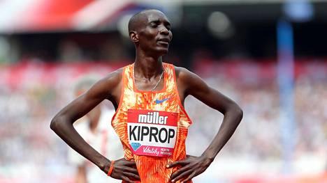 Kenialainen keskimatkan juoksija Asbel Kiprop sai neljän vuoden kilpailukiellon epo-hormonin käytöstä. Juoksija itse vakuuttaa syyttömyyttään.