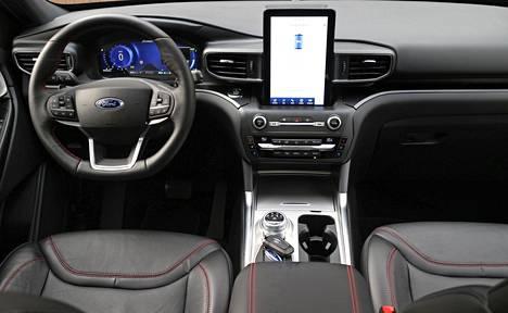 Ohjaamo tarjoaa kuljettajalle erinomaiset työskentelyolosuhteet.