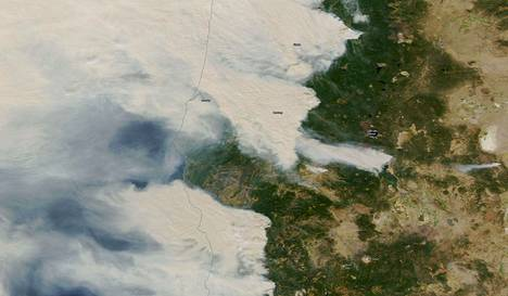 Nasan satellittikuva Oregonin paloista.