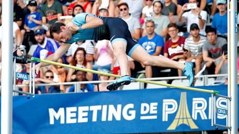 Renaud Lavillenie hyppäsi Pariisin Timanttiliigassa vuonna 2018.
