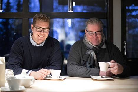 Jouko Lindtman muistaa, kun 15-vuotias Antti kysyi, voisiko isä hakea hänelle Alkosta viiniä. – Sanoin, etten hae, Jouko Lindtman kertoo.