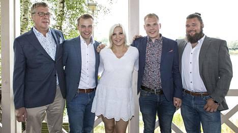 Jouko, Juho, Vappu Pimiä, Arttu ja Lauri.