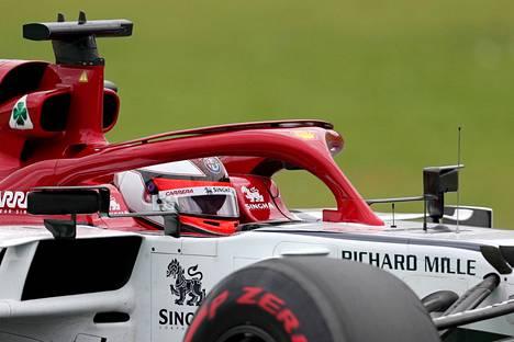Kimi Räikkönen on Lasse Jaatisen mielestä yhä tekijämiehiä myös F1-radoilla.
