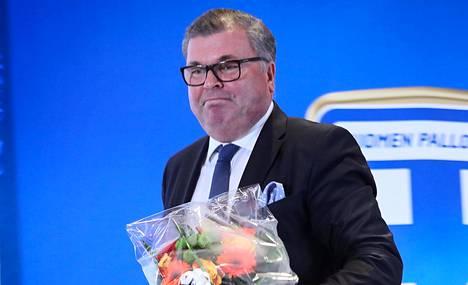 Ari Lahti on Palloliiton puheenjohtaja.