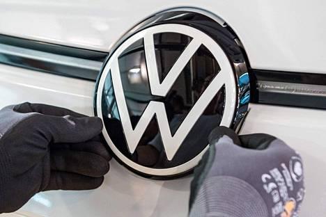 Volkswagenin logo näkyy uusissa polttomoottoriautoissa myös vuoden 2035 jälkeen, mutta ei Euroopassa.