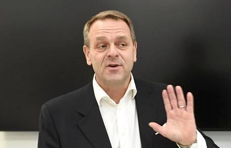 Pormestari Jan Vapaavuori sanoi kiitos ei jatkokaudelleen ja jätti kokoomuksen pulaan. Kokoomus etsii nyt kuumeisesti Vapaavuoren korvaajaa puolueen pormestariehdokkaaksi Helsinkiin.