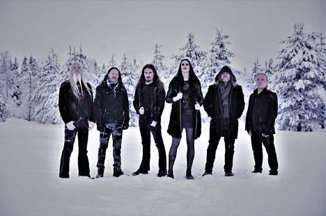 Nightwish esitteli huhtikuussa julkaistavaa albumiaan Levin kuvankauniissa maastoissa.
