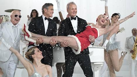 Tähtivieraina nähdään muun muassa Miley Cyrus ja George Clooney.