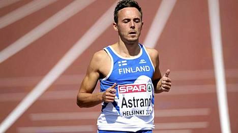Jonathan Åstrand juoksi lähelle ennätystään myötätuulessa.