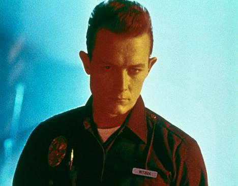 Renny Harlinin ohjaaman Die Hard 2:n jälkeen Robert Patrick sai varsinaisen läpimurtoroolinsa: hän esitti roistorobottia James Cameronin ohjaamassa elokuvassa Terminator 2.