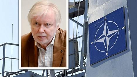 """–Natosta voi olla ja saakin mielellään olla erilaisia näkökantoja ja mitä vaan olematta jollain tavalla """"hölmö"""". Mutta se että kirjoittaa fantasiaa, jonka voisi olla Ilkka Remeksen kynästä, ei ole viisasta, Erkki Tuomioja kirjoittaa Facebookissa."""