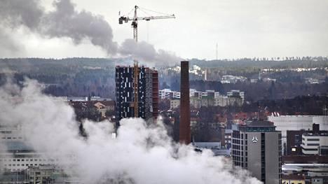 Tampereen keskustaa Pyynikin näkötornista kuvattuna vuonna 2013.