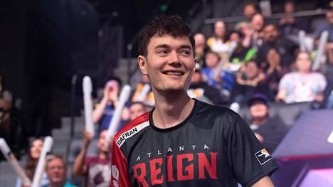 """Daniel """"dafran"""" Francesca pelasi Overwatch Leaguessa pari kuukautta vuonna 2019 edustaen Atlanta Reign -joukkuetta."""