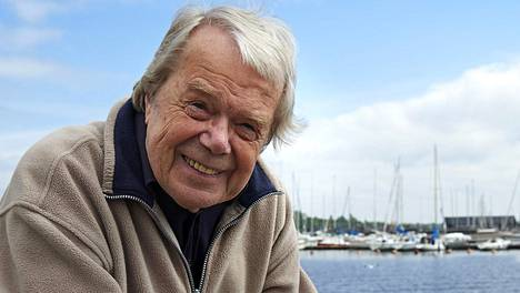 Lasse Mårtenson on kuollut.