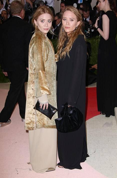 Mary-Kate ja Ashley Olsen ovat näytelleet lapsesta asti menestyneissä elokuvissa ja tv-sarjoissa.