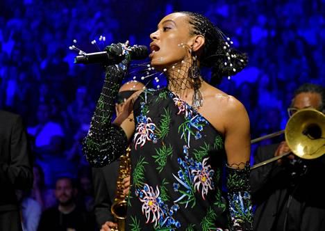Solange Knowles korvaa Cardi B:n Flow Festivalin pääesiintyjänä.